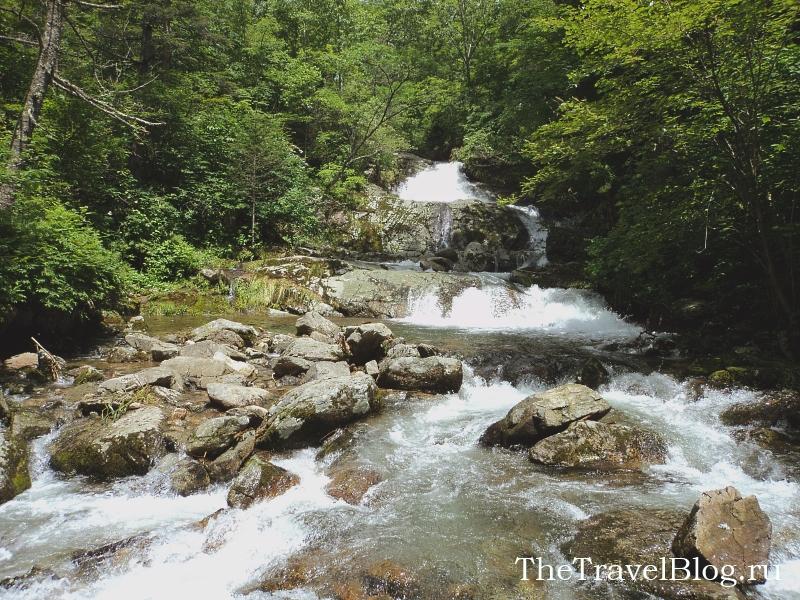 дорога на Ворошиловские водопады