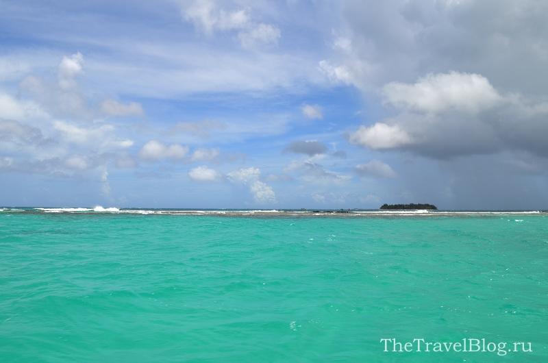 Вдали виден остров... как визжала от счастья кореянка в катере, когда увидела такой цвет воды...