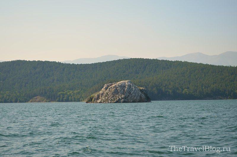 остров-камень