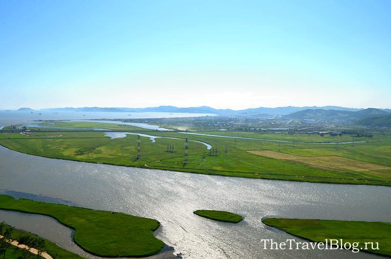 внизу - река Сучан (Партизанская)