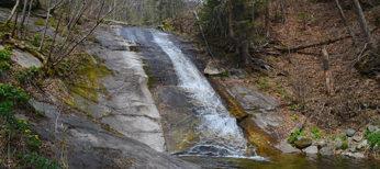 Макаровский водопад