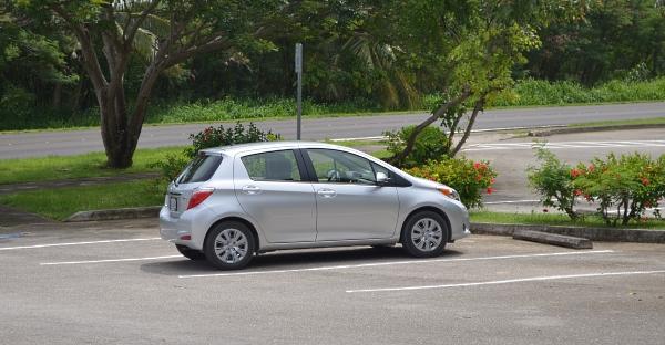 Наша машинка Toyota Yaris
