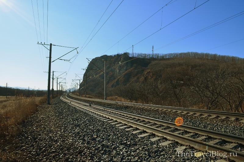 Переходим через железную дорогу